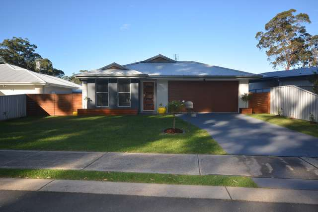 21 Martin Place, Broulee NSW 2537