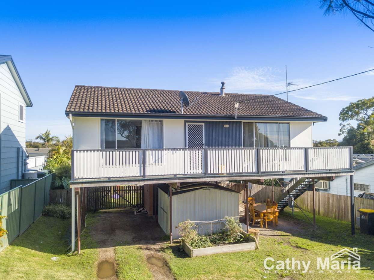 Main view of Homely house listing, 35 Dale Avenue, Chain Valley Bay, NSW 2259
