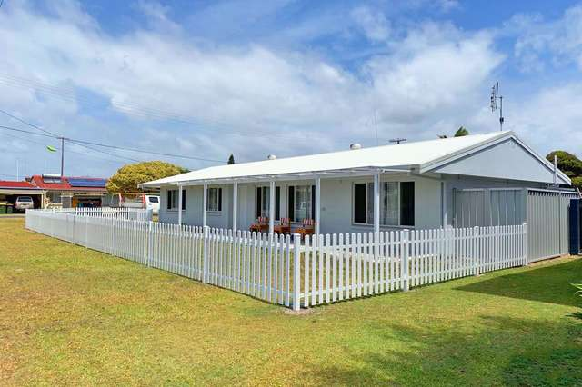4 Heath  Street, Brooms Head NSW 2463
