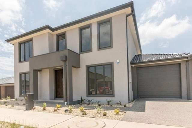 35 Ranger  Street, Clyde North VIC 3978