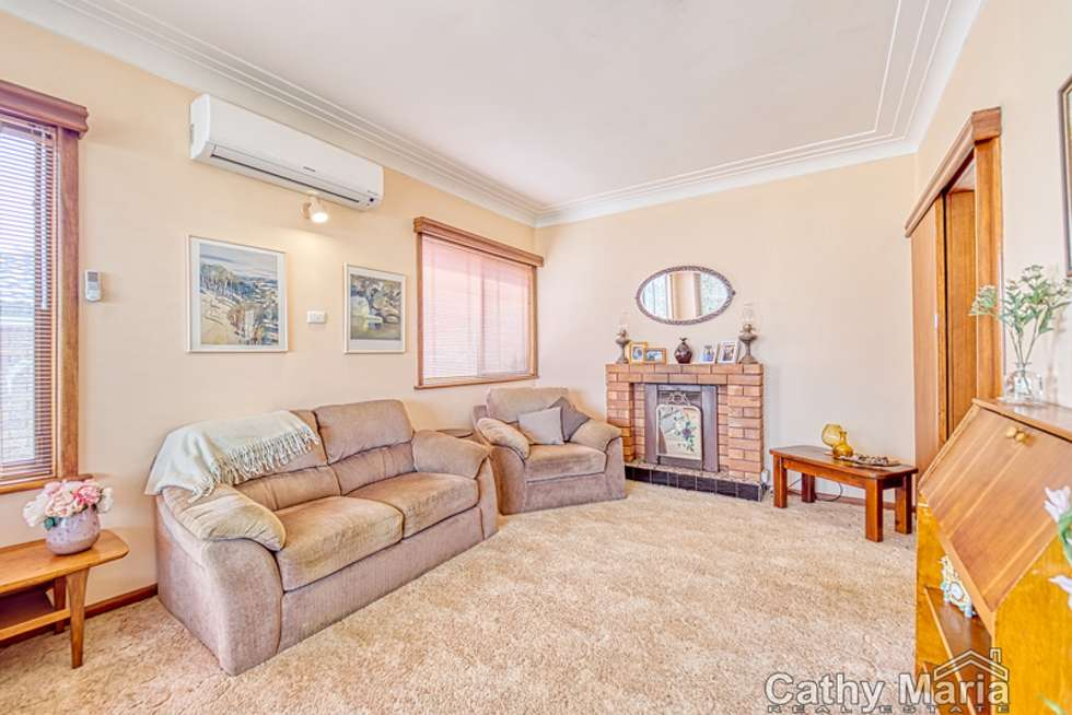 Second view of Homely house listing, 6 Kenilworth Street, Mannering Park NSW 2259