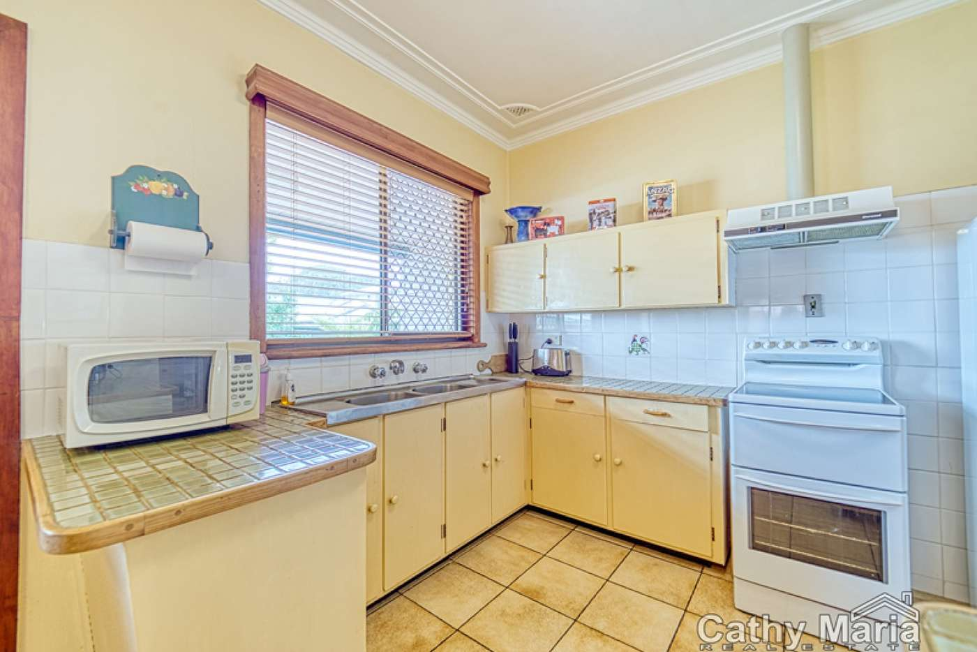 Fifth view of Homely house listing, 6 Kenilworth Street, Mannering Park NSW 2259