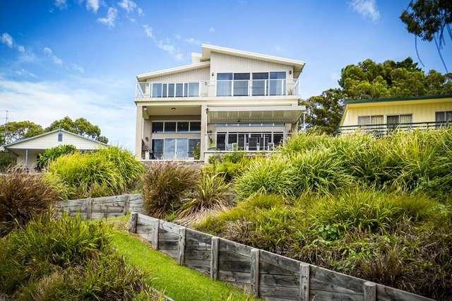 4 Bambury  Avenue, Summerland Point NSW 2259