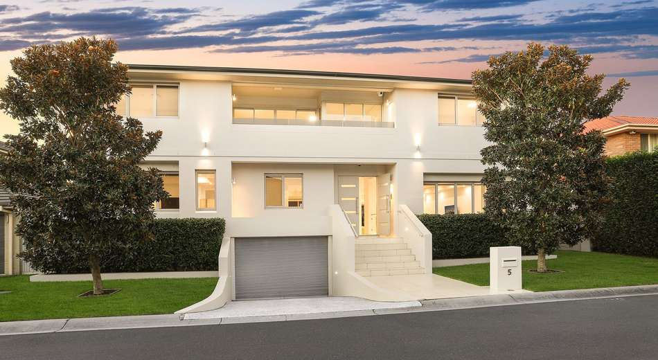 House 5 of 15 Linden Street, Mascot NSW 2020