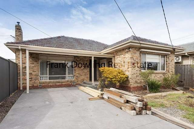 126 Bowes Ave, Airport West VIC 3042
