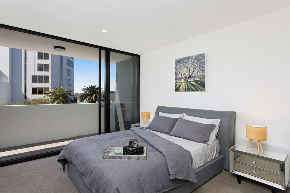 Third view of Homely apartment listing, 505/8 Hunt Street, Hamilton QLD 4007