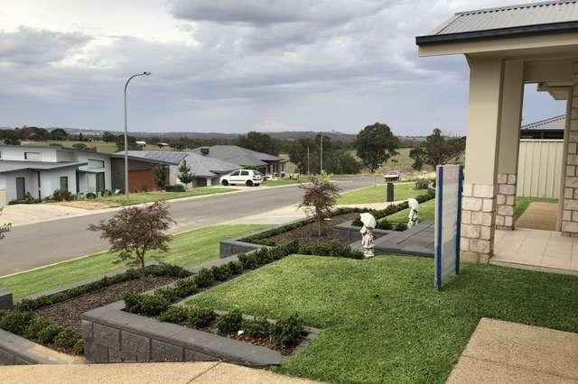 4 Barossa Street, Estella NSW 2650