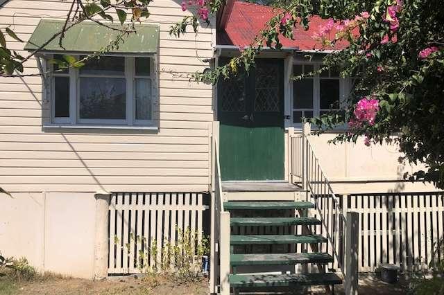 64 Grove Street, Albion QLD 4010