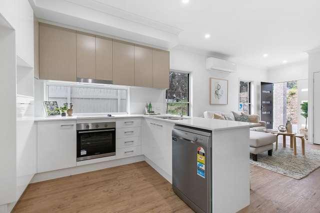 1-5 5-9 Victor Street, Birkdale QLD 4159