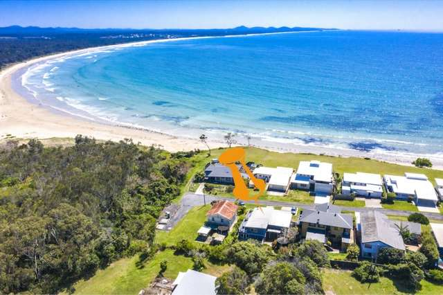 15 First Ave, Arrawarra Headland NSW 2456