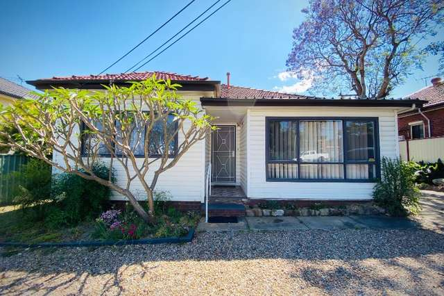43 Gibson Avenue, Padstow NSW 2211