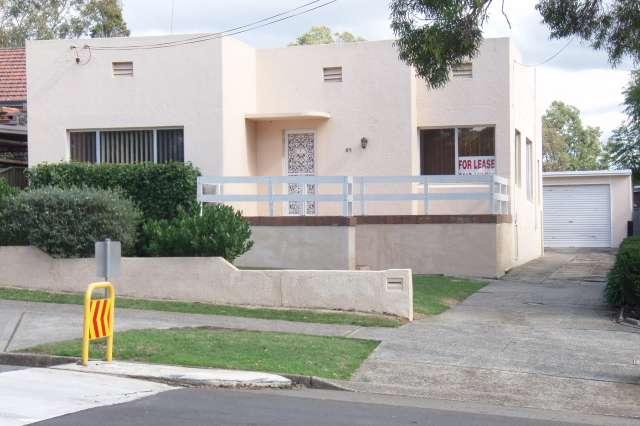 85 Cambrai Avenue, Engadine NSW 2233