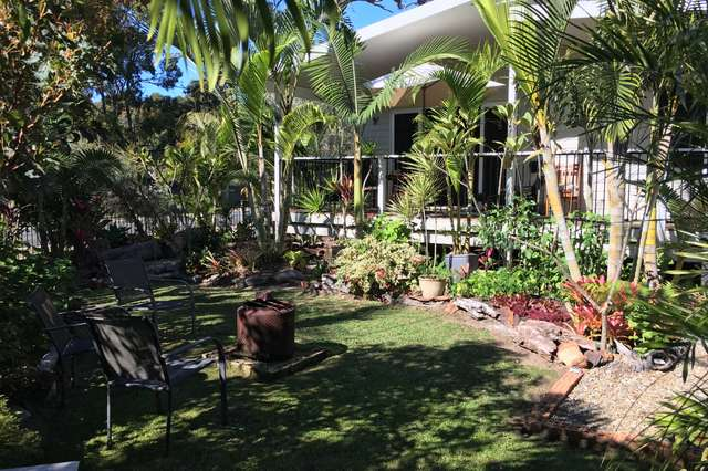 2 Dalpura Street, Macleay Island QLD 4184