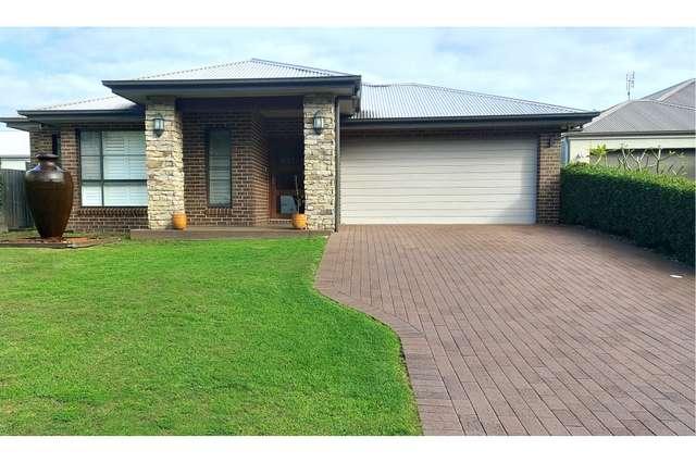 16 Edgewater Drive, Morisset Park NSW 2264