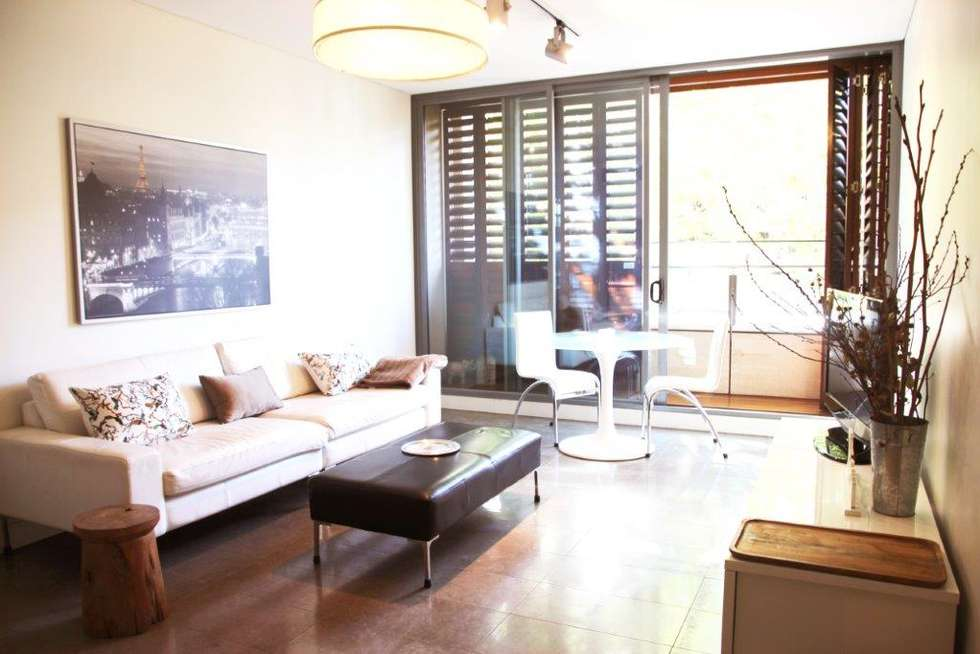 Third view of Homely apartment listing, 185 Macquarie St, Sydney NSW 2000