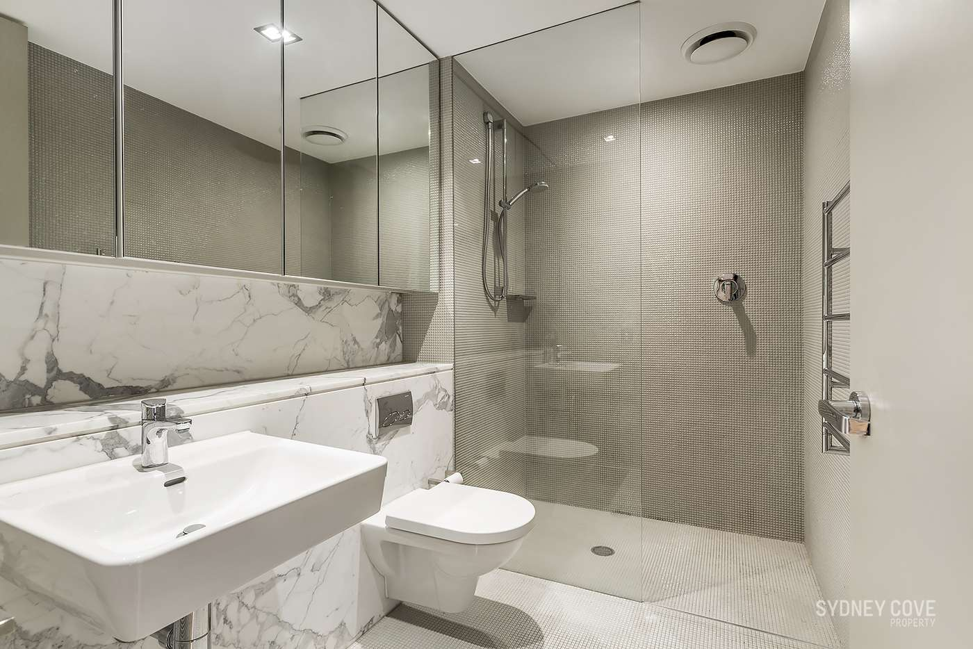 Seventh view of Homely apartment listing, 171 Gloucester St, Sydney NSW 2000