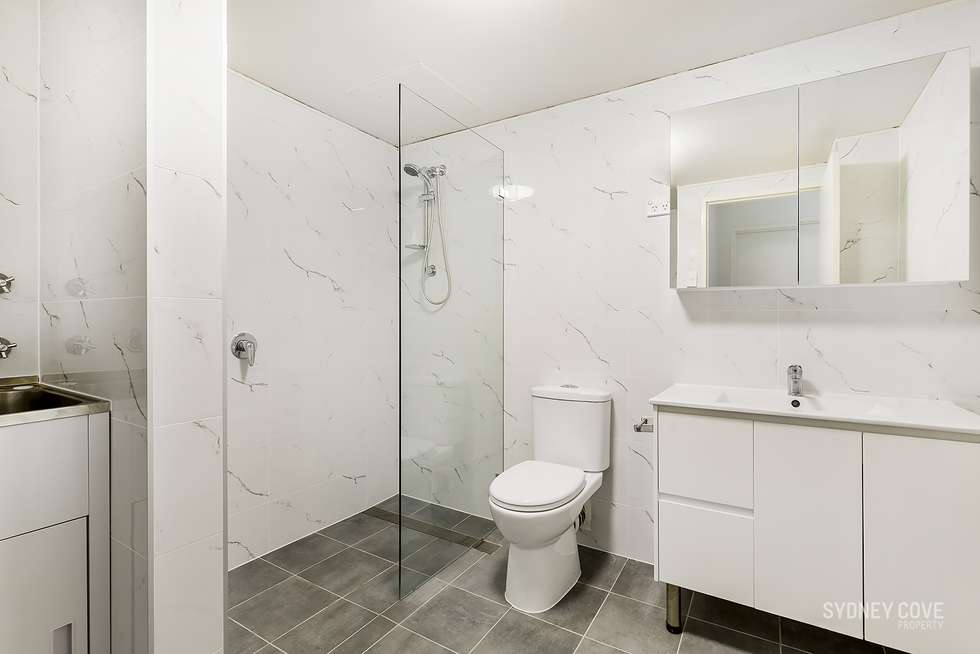 Fifth view of Homely apartment listing, 25 Market St, Sydney NSW 2000