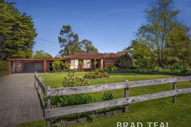 37 Main Street, Romsey VIC 3434