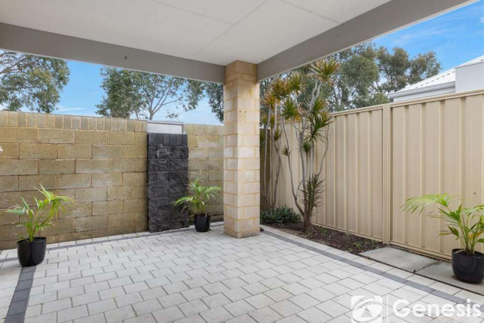 Fourth view of Homely unit listing, 2/18 Malting Court, Canning Vale WA 6155