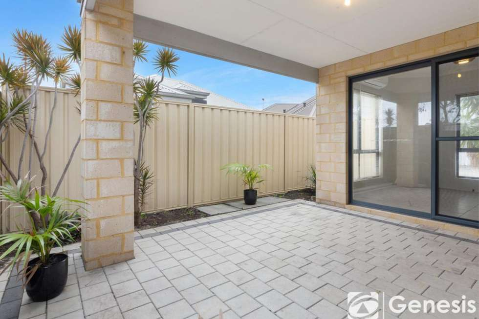 Fifth view of Homely unit listing, 2/18 Malting Court, Canning Vale WA 6155