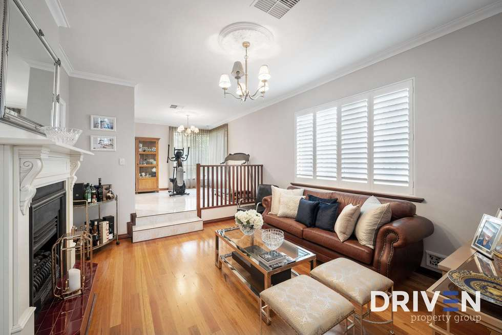 Fourth view of Homely house listing, 5 Summit Court, Dianella WA 6059