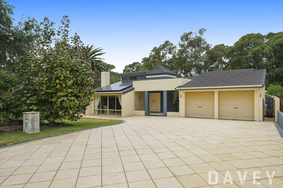 Second view of Homely house listing, 7 Epping Grove, Kallaroo WA 6025