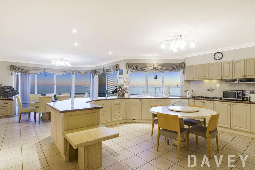 Fourth view of Homely house listing, 6 Ibiza Court, Mindarie WA 6030