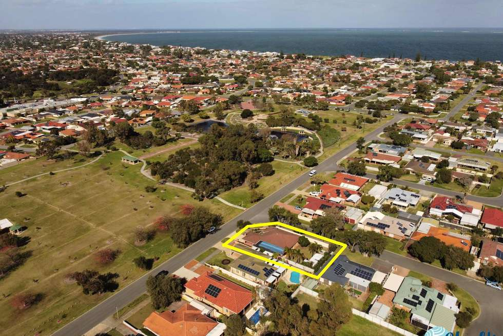 Fourth view of Homely house listing, 18 Seabreeze Street, Safety Bay WA 6169