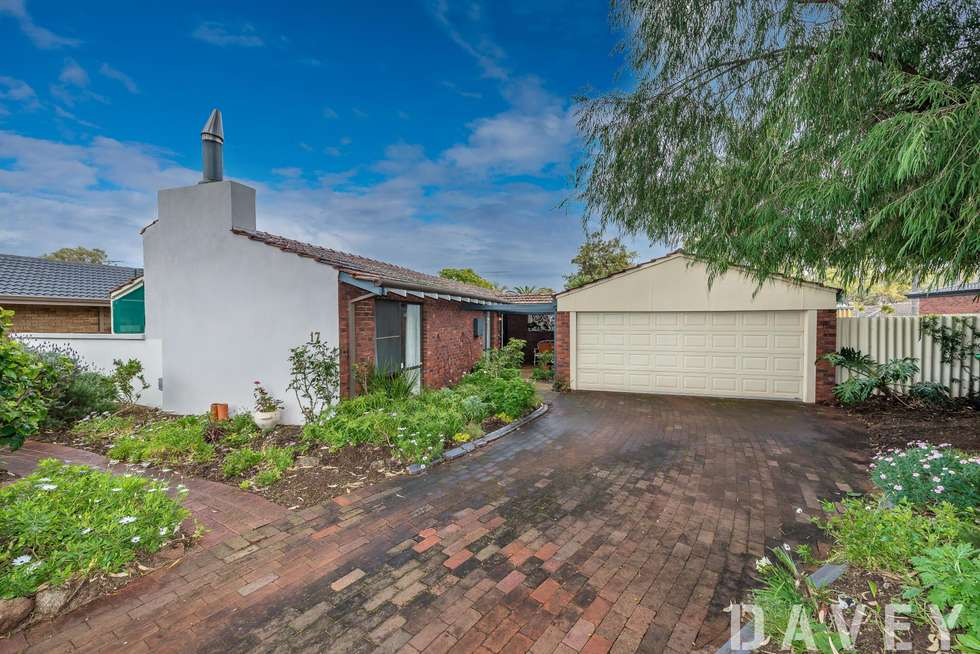 Second view of Homely house listing, 17 Adenmore Way, Kingsley WA 6026