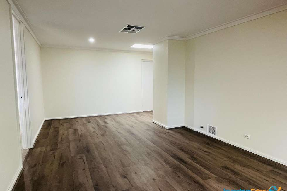 Second view of Homely house listing, 5 Meander Way, Maddington WA 6109