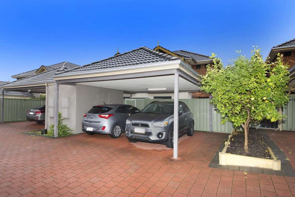 Third view of Homely house listing, 15/40 Hollins Bend, Madeley WA 6065