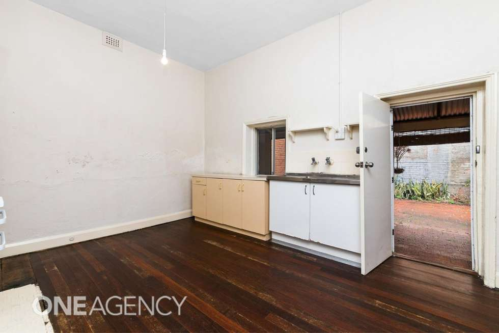 Fifth view of Homely semiDetached listing, 3b Nairn Street, Fremantle WA 6160