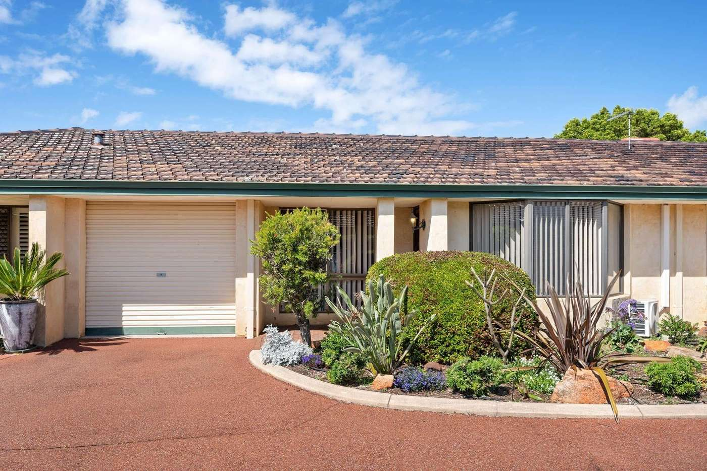 Main view of Homely villa listing, 6/287 Preston Point Road, Bicton WA 6157