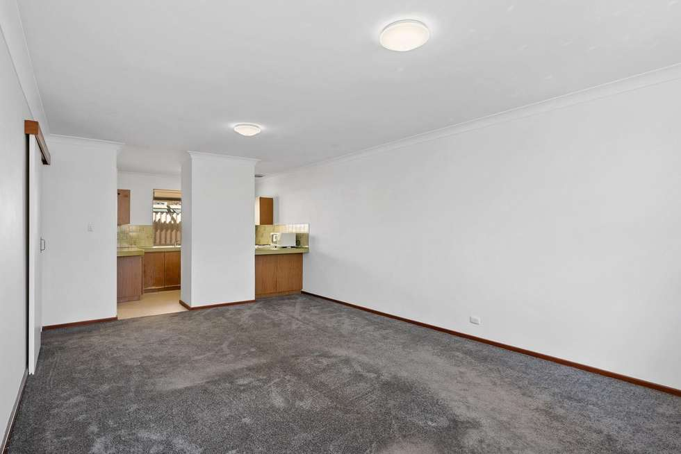Fourth view of Homely villa listing, 6/287 Preston Point Road, Bicton WA 6157
