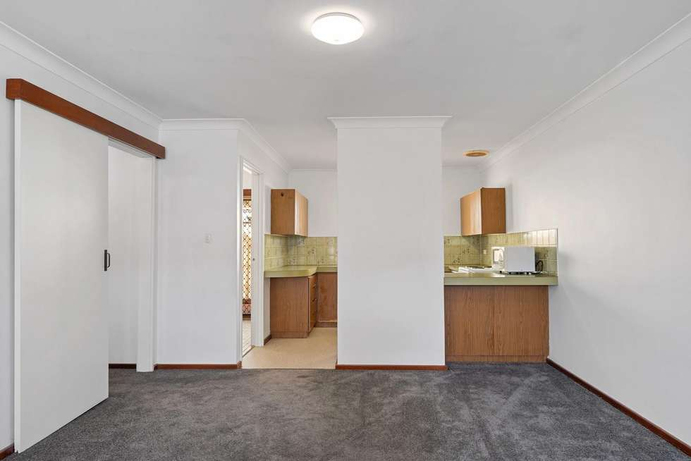 Fifth view of Homely villa listing, 6/287 Preston Point Road, Bicton WA 6157