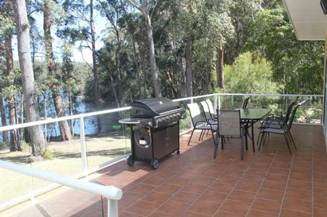 72 Lakeside Drive, Lake Conjola NSW 2539