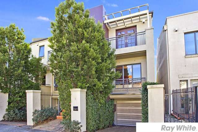 5 Refractory Ct, Holroyd NSW