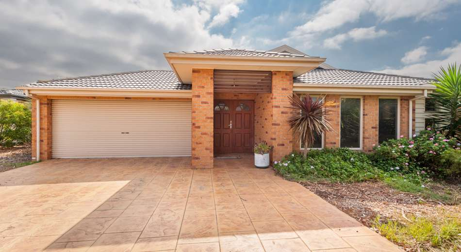 13 Lawson Place, Burnside Heights VIC 3023