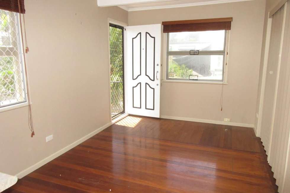 Second view of Homely unit listing, 2/27 Cronulla Avenue, Mermaid Beach QLD 4218