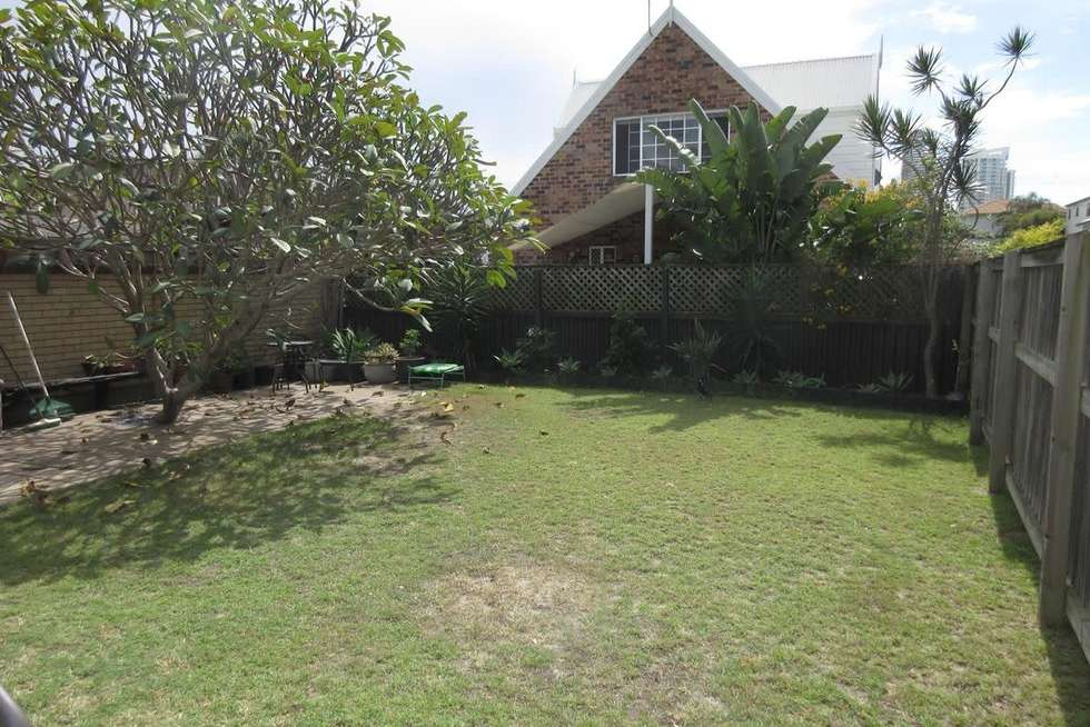 Fifth view of Homely unit listing, 2/27 Cronulla Avenue, Mermaid Beach QLD 4218