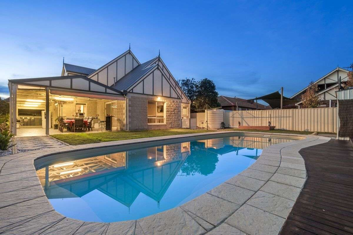 Main view of Homely house listing, 3 Yankos Drive, Werribee, VIC 3030