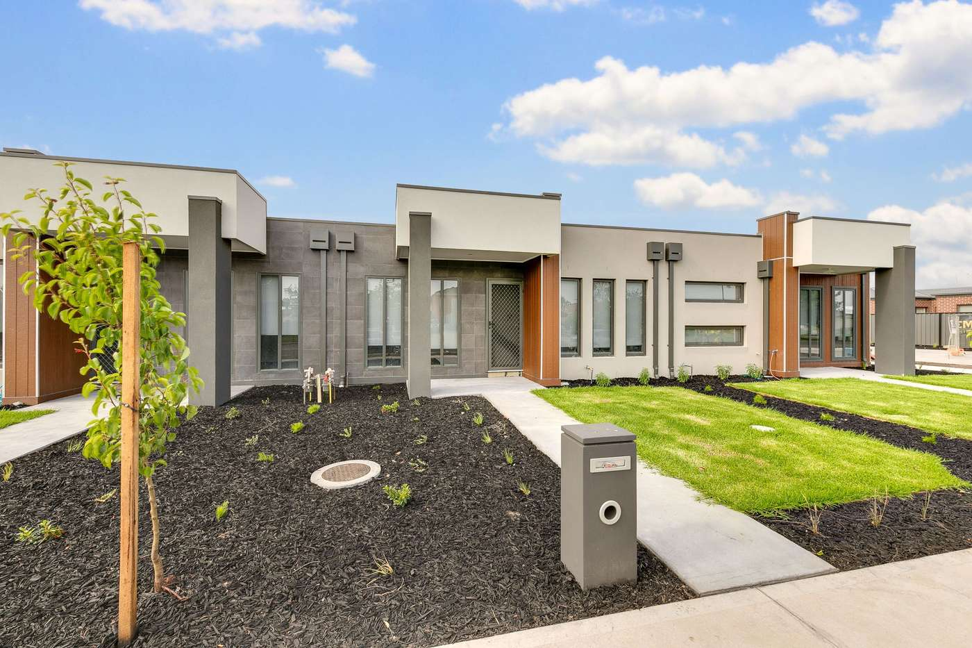 Main view of Homely unit listing, 33/373-375 Centre Road, Berwick, VIC 3806