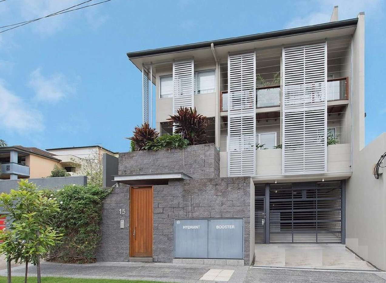 Main view of Homely townhouse listing, Townhouse 1, 15 Halford Street, Newstead, QLD 4006