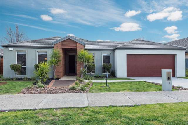 34 Coogee Drive, Taylors Hill VIC 3037
