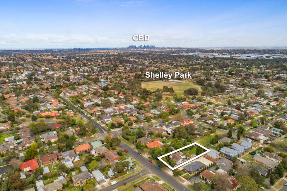Second view of Homely house listing, 39 McEwan Road, Heidelberg Heights VIC 3081