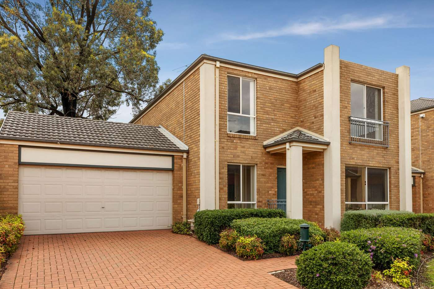 Main view of Homely house listing, 25 Larkspur Circuit, Glen Waverley, VIC 3150