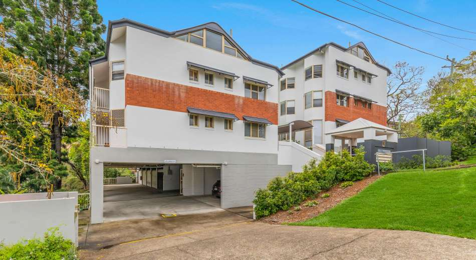 1/15 Clarence Road