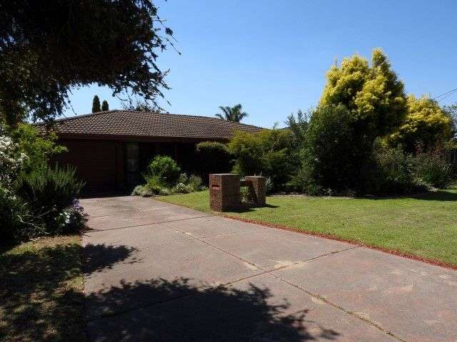 Main view of Homely house listing, 18 Elm Close, Camillo, WA 6111