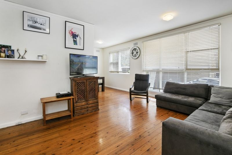 2/1 Marjory Thomas Place