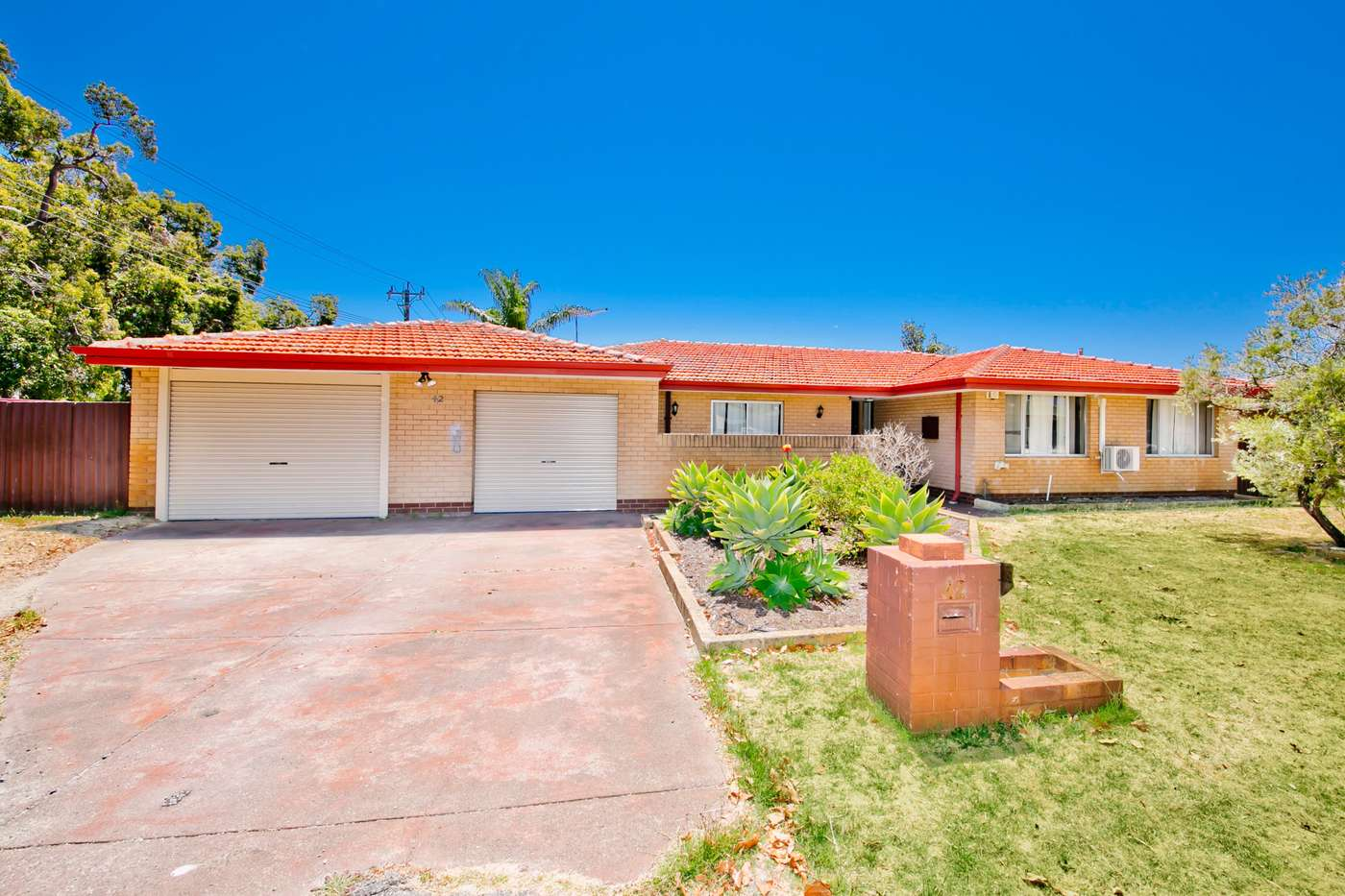 Main view of Homely house listing, 42 sandleford Way, Morley, WA 6062